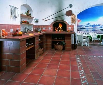 Удачное решение - кафельный пол на кухне