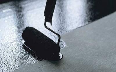 Окрасочная гидроизоляция битумосодержащим составом