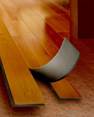 Виниловая плитка может повторять форму ламинированной доски