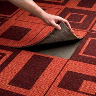 Ковровые плитки можно, по мере износа, заменить