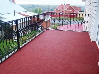 Резиновое бесшовное покрытие - современный подход к обустройству балкона или веранды