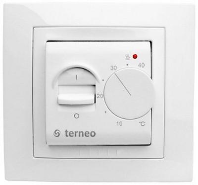 Так может выглядеть установленный на стену терморегулятор