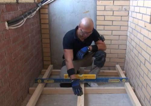 Как сделать пол на балконе деревянный своими руками