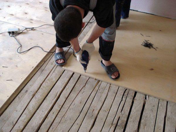 Подготовка деревянного основания пола под ламинат