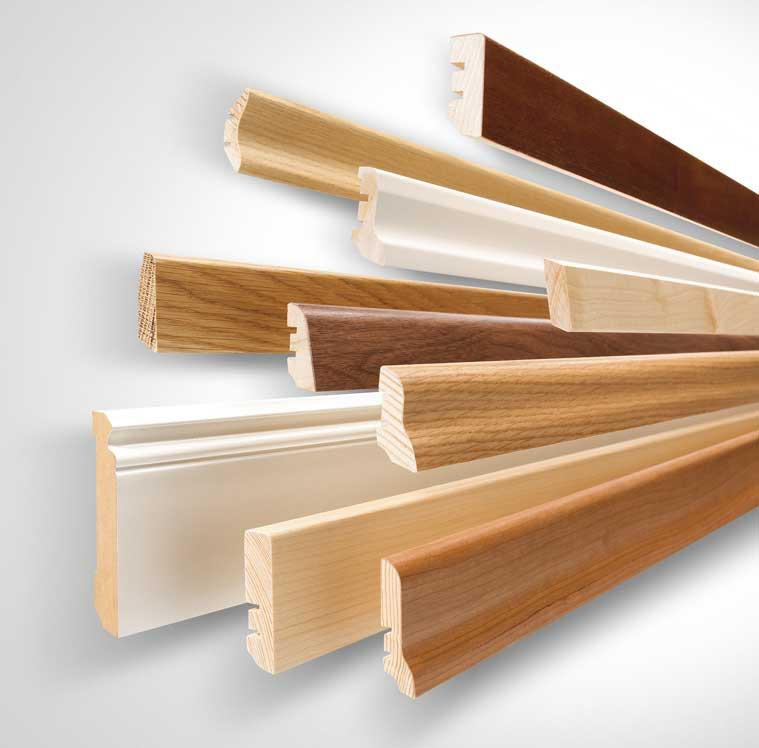 Плинтус напольный деревянный