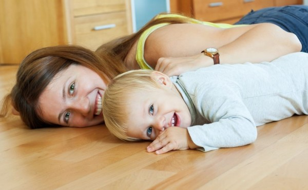 При выборе покрытия для пола важно соотносить экологические характеристики, заботу о здоровье и стоимость покрытия