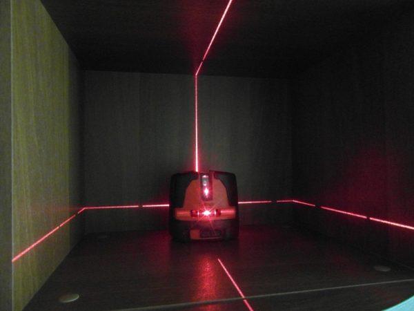 Разметка с использованием лазерного уровня