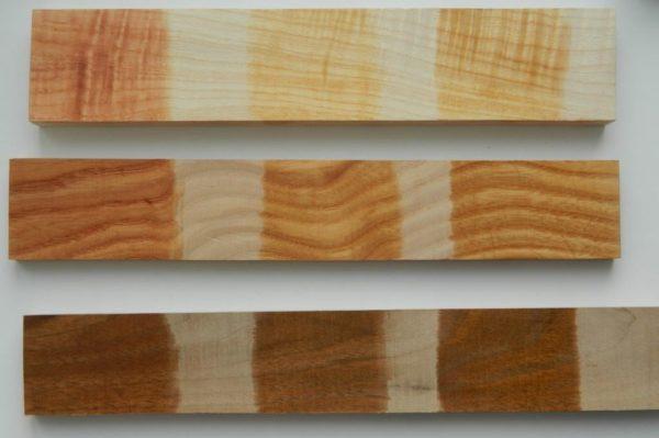 После обработки пола одним из таких препаратов, древесина не только обретет грязе- и влагоотталкивающие свойства, но и получит более привлекательный и эстетичный внешний вид