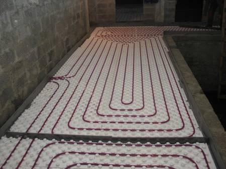 Применение плит пенополстирольных для водяного теплого пола