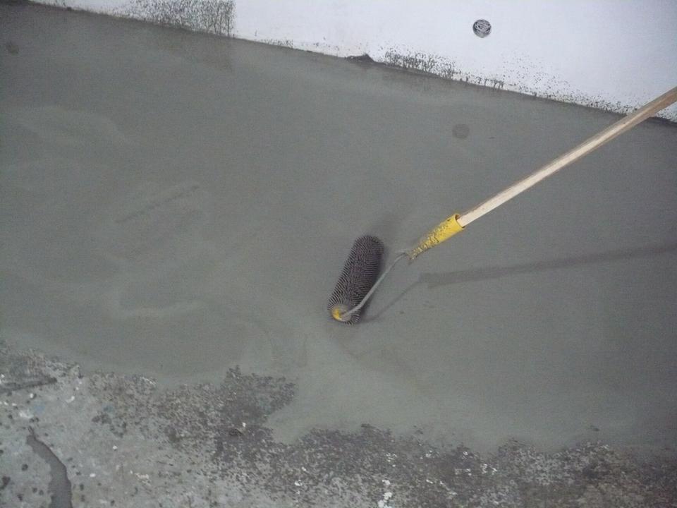 Игольчатый валик для наливного пола
