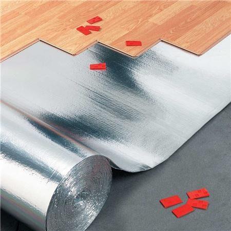 Фольгированная подложка применяется, в основном, в помещениях, где планируется монтаж теплого пола
