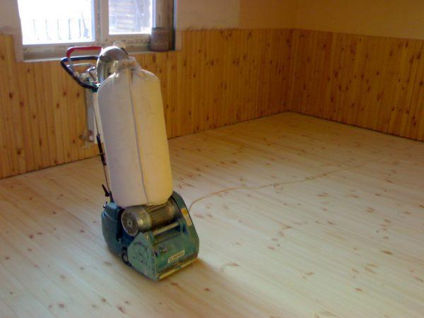 Шлифовальная машина с рукавом для сбора пыли