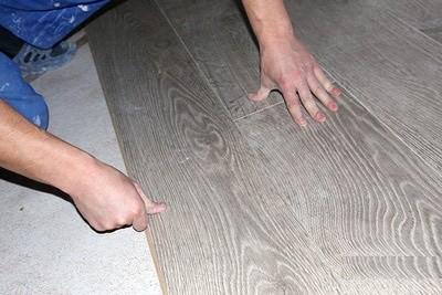 Доску можно настелить непосредственно на бетон