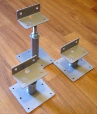 Надежные металлические регулируемые стойки для лаг