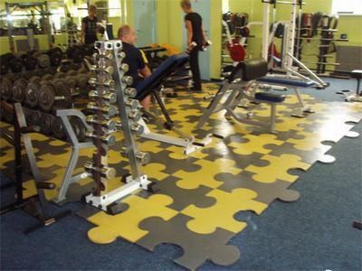 Резиновые модульные покрытия - отличный выбор для спортивных и тренажерных залов
