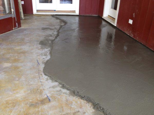 Выравнивание бетонной поверхности