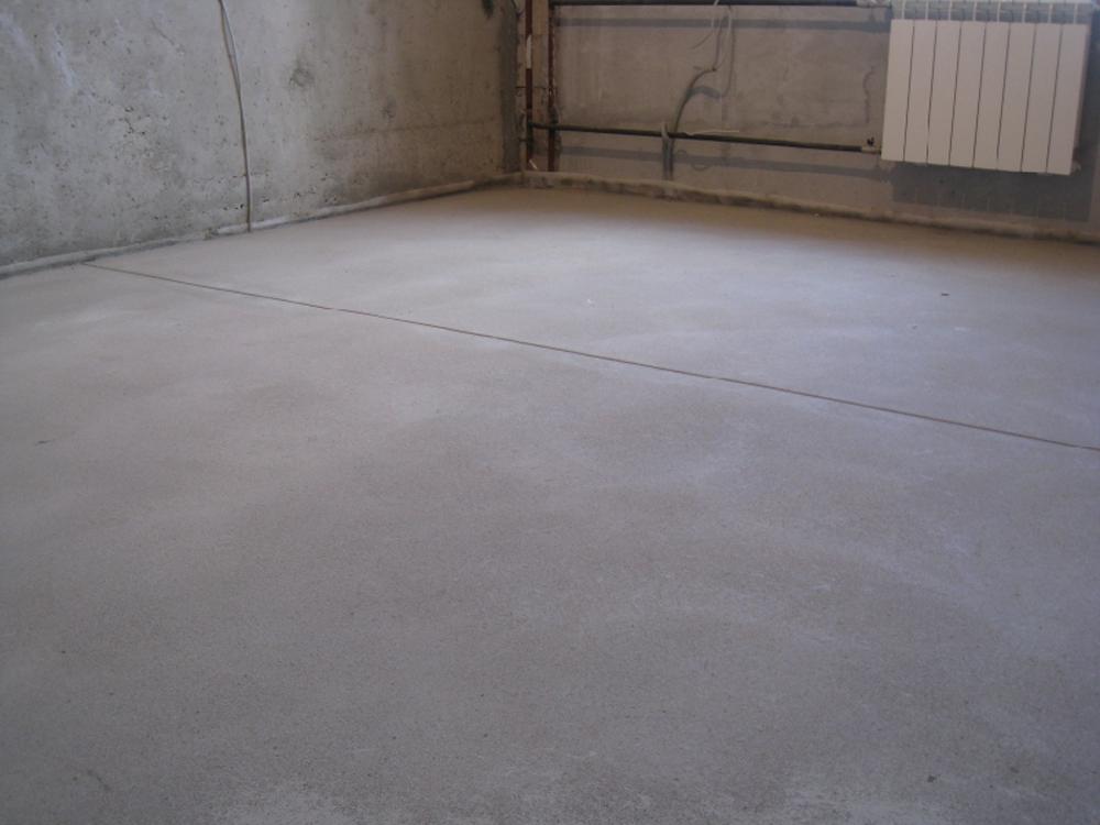 Какими смесями выровнять бетонный пол серпухов купить бетон цена