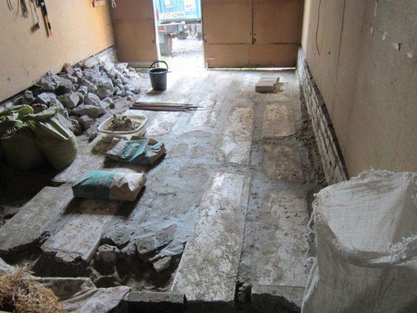 Вариант обустройства пола из обломков плит ЖБИ и бетона
