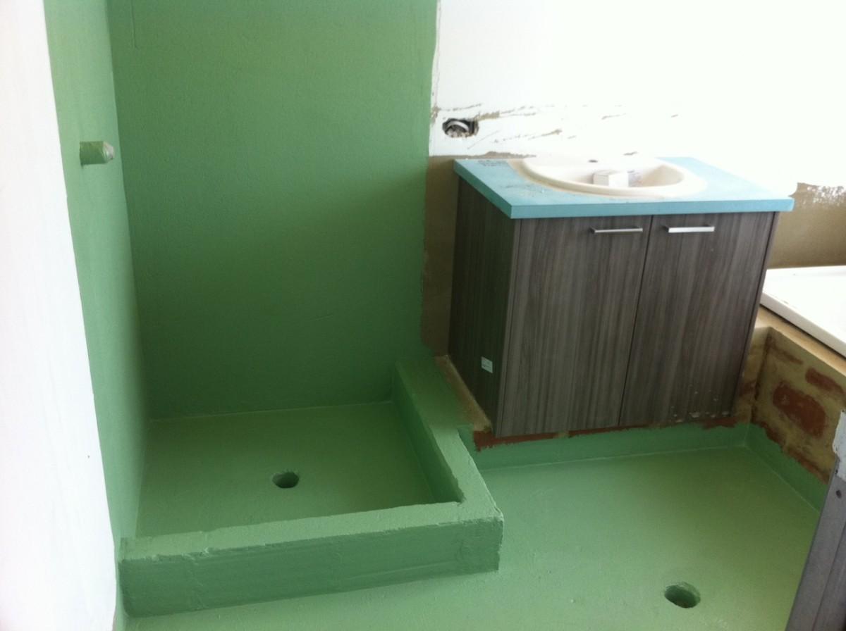 Гидроизоляция трещин в стене ванной водостойкая мастика цвет