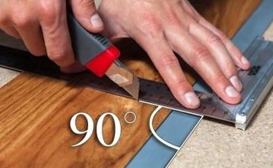 Для обрезки планок пользуются карандашом, линейкой и строительным или канцелярским ножом