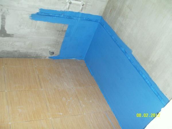 Нанесенная на стены обмазочная гидроизоляция