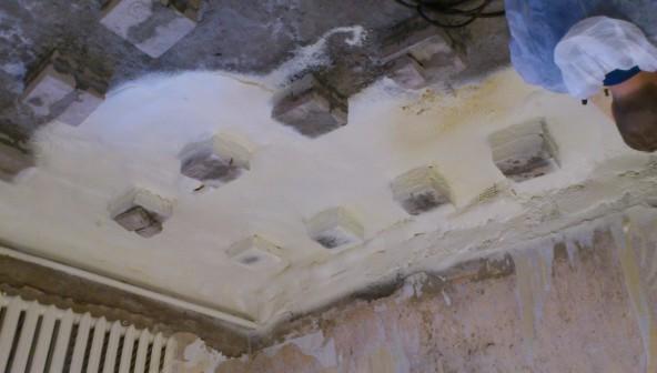 Утепление бетонной стяжки под полом в квартире