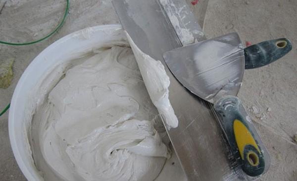 Шпаклевочная смесь для бетонного пола