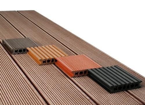Пластиковая доска из термопластичного древесно-композитного материала