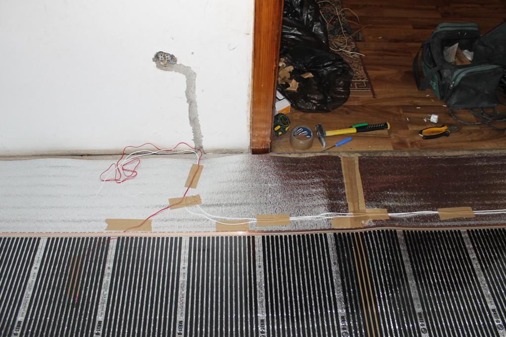 Установка терморегулятора для пленочного теплого пола