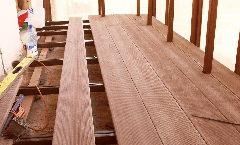 Как сделать пол на балконе своими руками - 5 лучших способов.