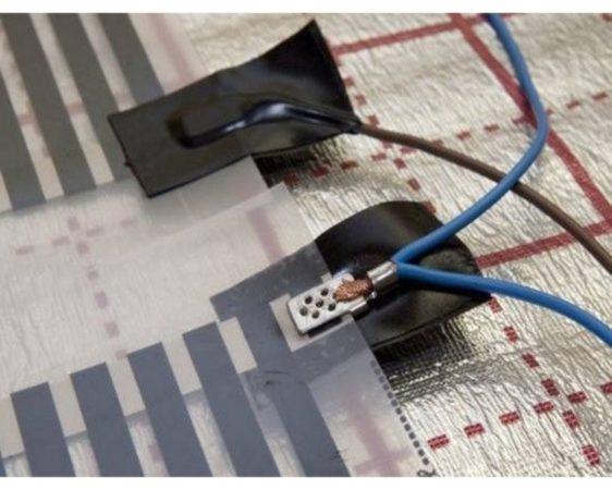 Шаг 3 - подключение к электричеству