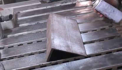 Шаг 1 - Подготовка стального уголка