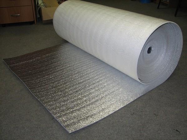 Вспененная подложка с фольгированной поверхностью
