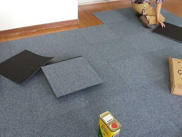 Лучше покупать материал с запасом, чтобы в случае чего плитку можно было быстро и легко заменить