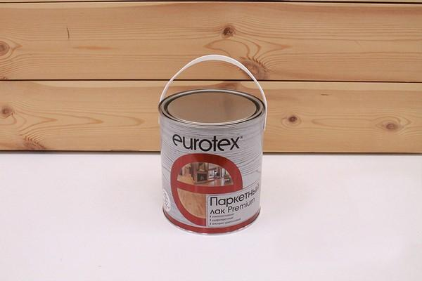 Многие покупатели отмечают, что лак EUROTEX прекрасно справляется со своей задачей