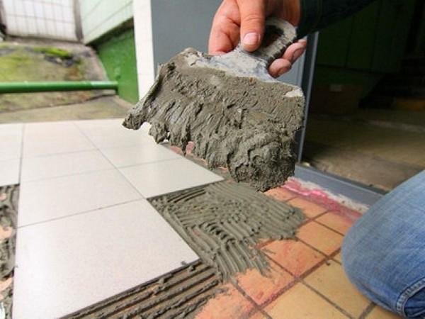 Новое плиточное покрытие можно положить поверх старой плитки